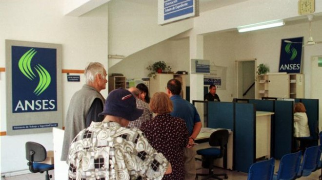 viedma - los desempleados podran tener obra social a travez del ANSES